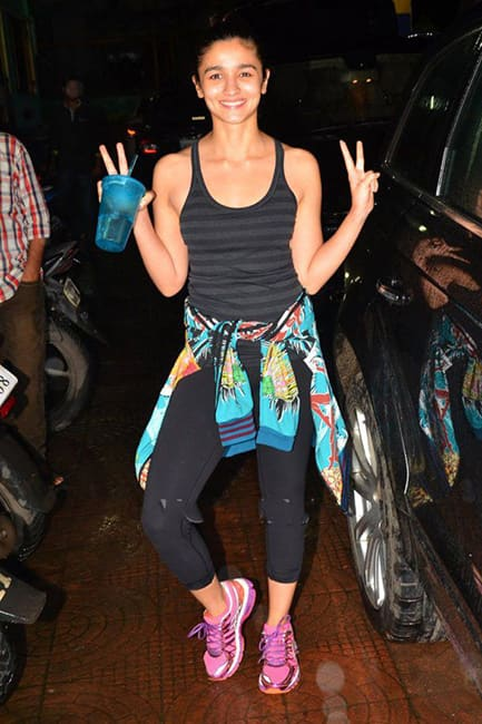 Alia Bhatt in her gym attire while working out