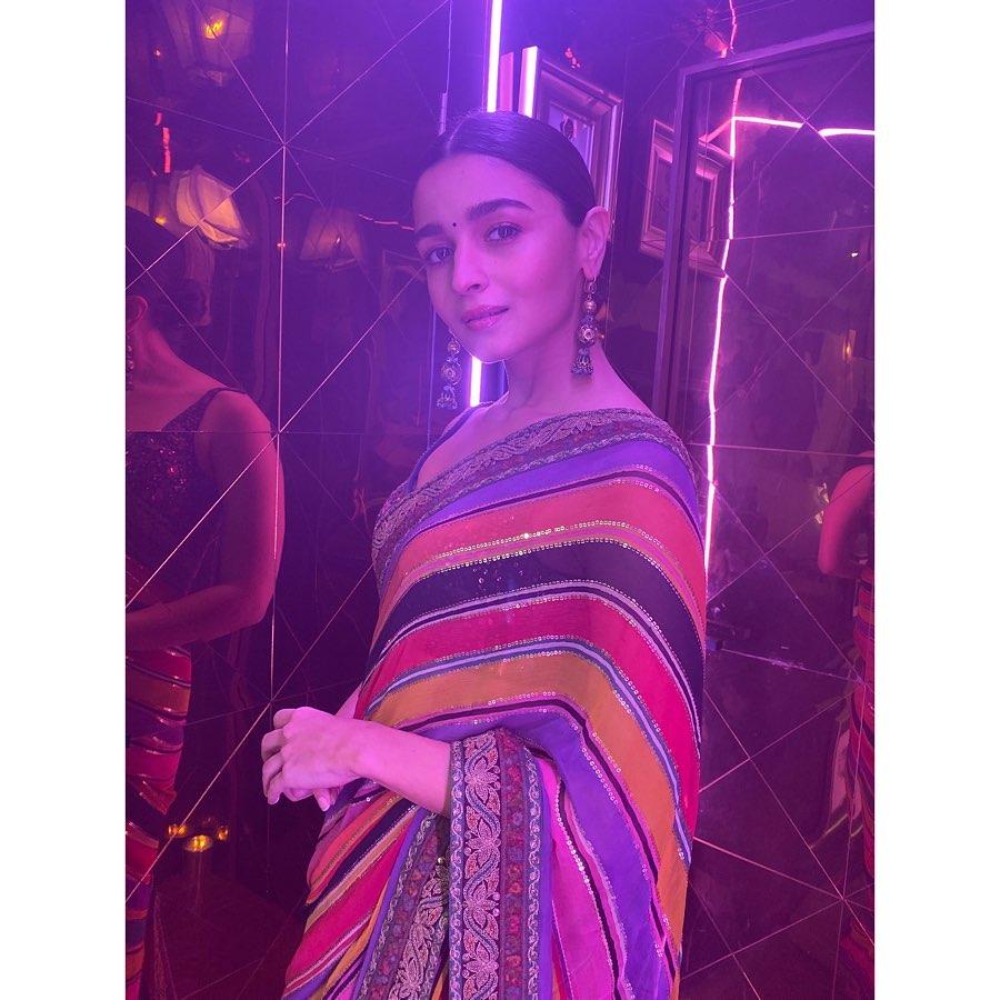 Alia Bhatt Looks Elegant in The Ethnic Look