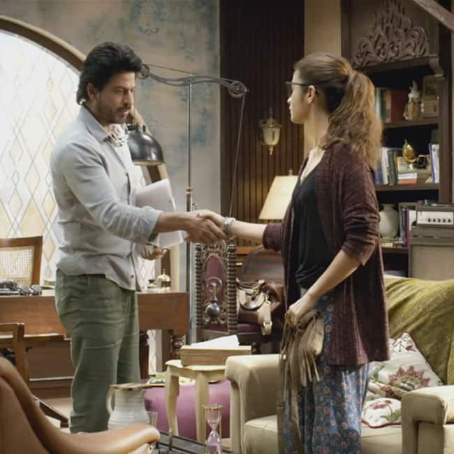 Image result for shahrukh dear zindagi intro""