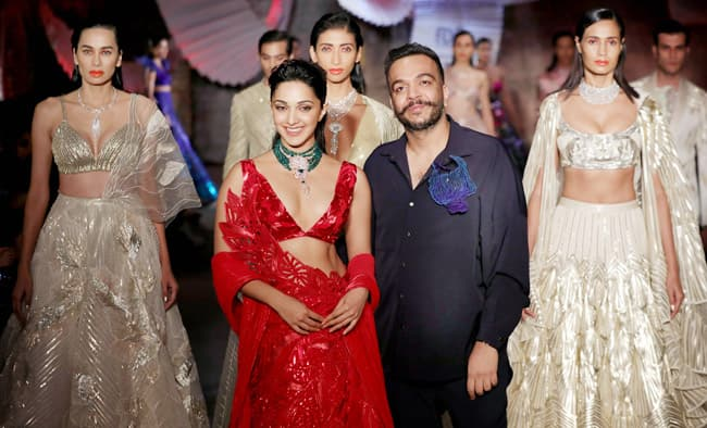 Amit Aggarwal s show