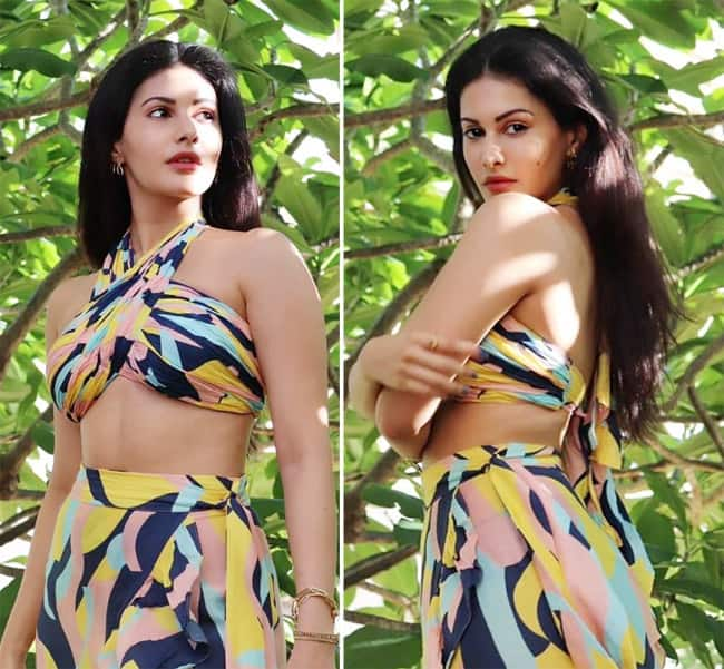 Amyra Dastur Looks All Gorgeous in Her Latest Colourful Set of Outfit