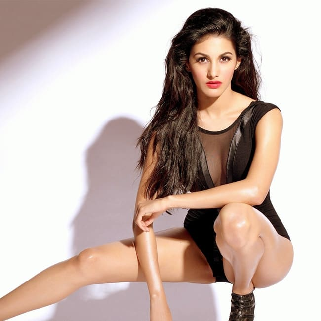 Amyra Dastur looks super sexy in this picture