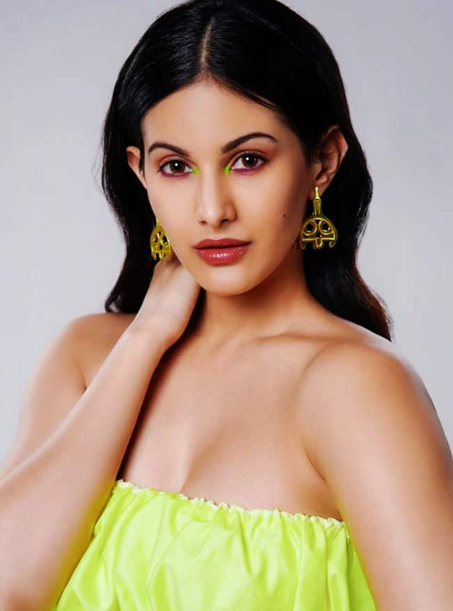 Amyra Dastur s latest photos
