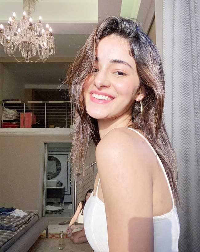 Ananya Pandey   s Sun kissed Pictures go Viral