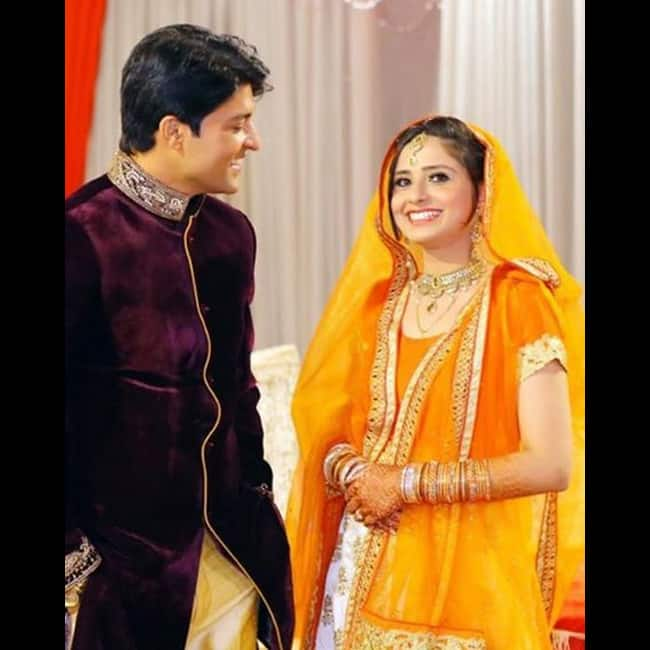 Anas Rashid in conversation with fianc  e Hina during his engagement