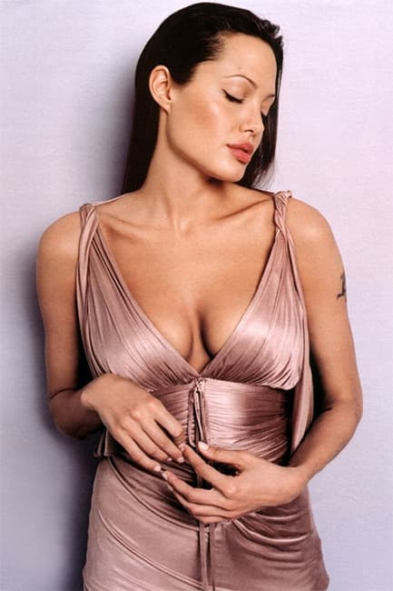Sexy pic of angelina jolie