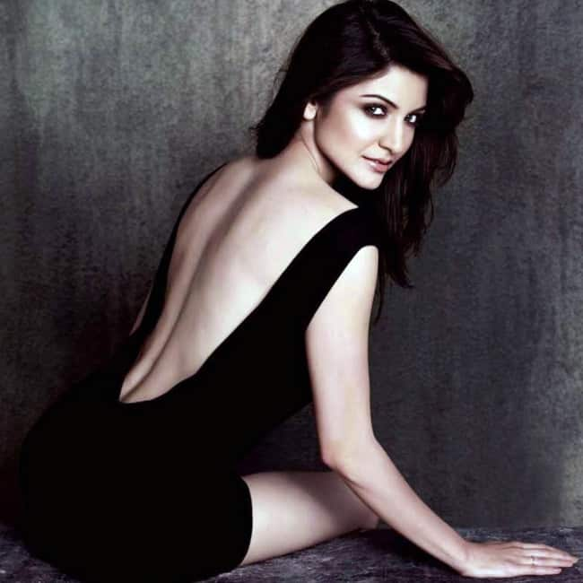 Anushka Sharma poses for a smoking hot picture