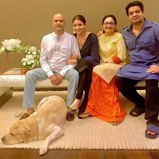 Anushka Sharma shares a picture with her family on the occasion of Diwali