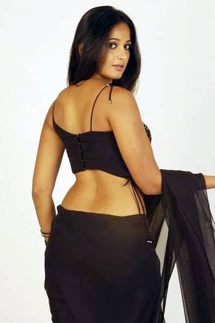 Anushka Shetty in sultry avatar