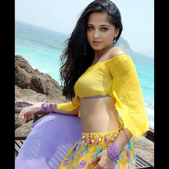 Anushka Shetty looks seductive in this picture