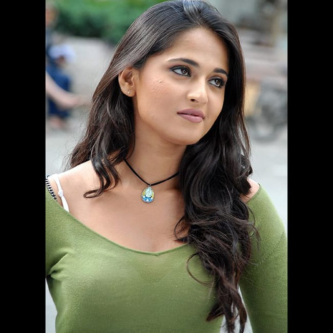 Anushka Shetty poses for a stunning picture
