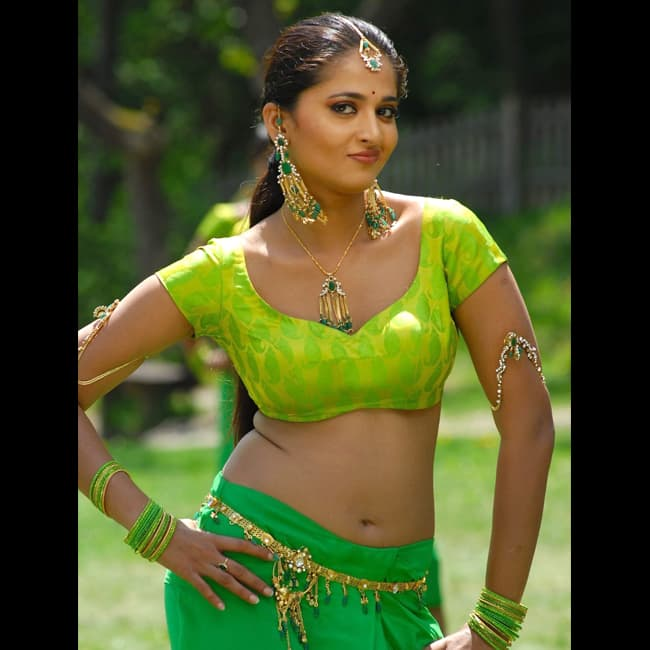 Anushka Shetty spilling hotness in this picture