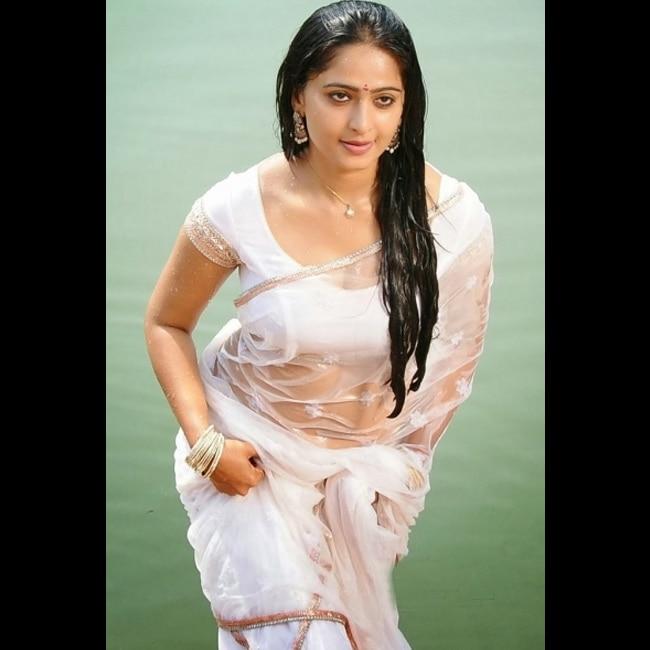 Anushka Shetty super sultry HD picture