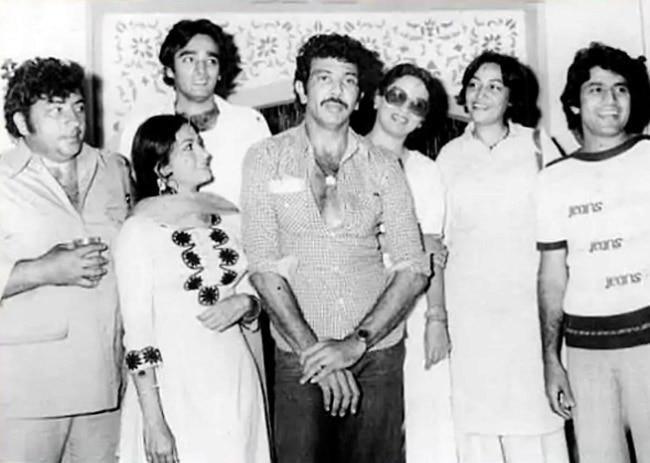 Arun Govil Parties Hard With Onscreen Gabbar