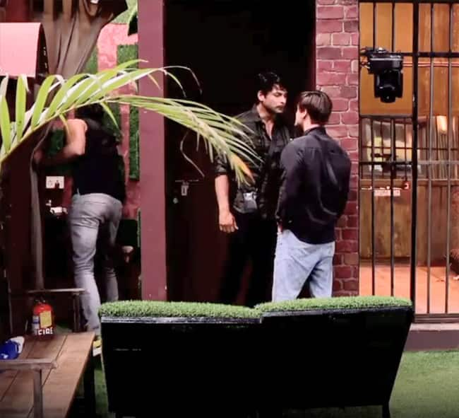 Asim and Sid ignore Bigg Boss  request