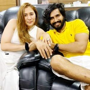 Indian badminton Player Jwala Gutta Gets Engaged to South Actor Vishnu Vishal