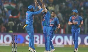 3rd T20I Pictures: Shikhar Dhawan, KL Rahul, Shardul Thakur Star as India Beat Sri Lanka by 78 Runs to Win Series 2-0