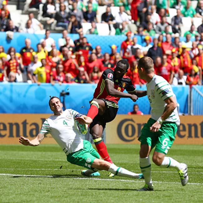 Belgium   s Romelu Lukaku scores first goal against Republic of Ireland in UEFA EURO 2016