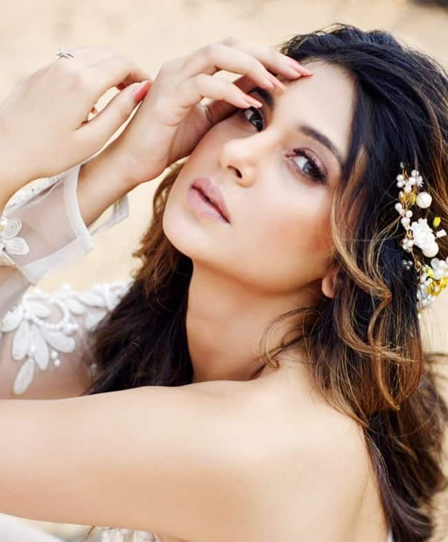 Beyhadh 2 Jennifer Winget Shared Hot Bridal