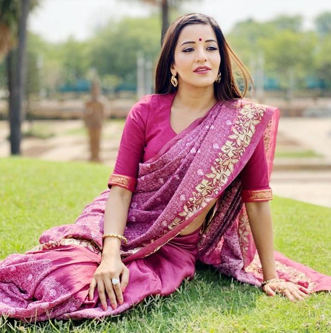 Monalisa Rocks Her Desi Bahu Look in a Pretty Pink Saree | See Viral Pics