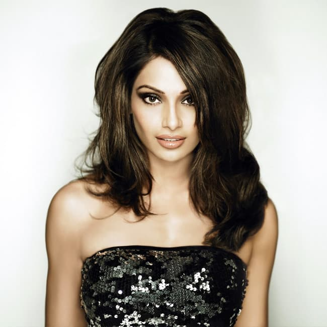 Bipasha Basu looks hot in this picture
