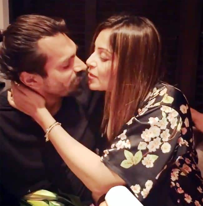 Bipasha Basu s Valentine s Post Featuring Hubby Karan Singh Grover Will Melt Your Hearts