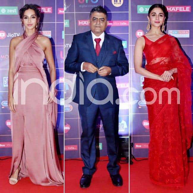 Bollywood celebs attend award ceremony
