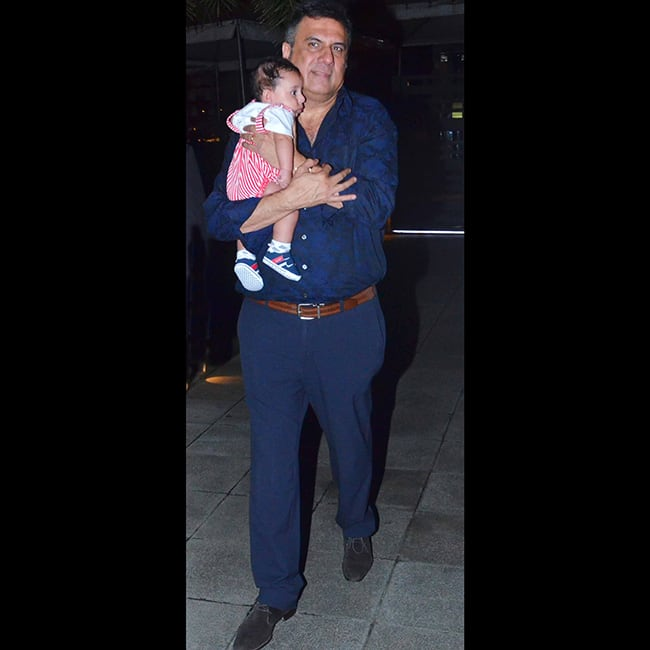 Boman Irani snapped with grandson Ziaan