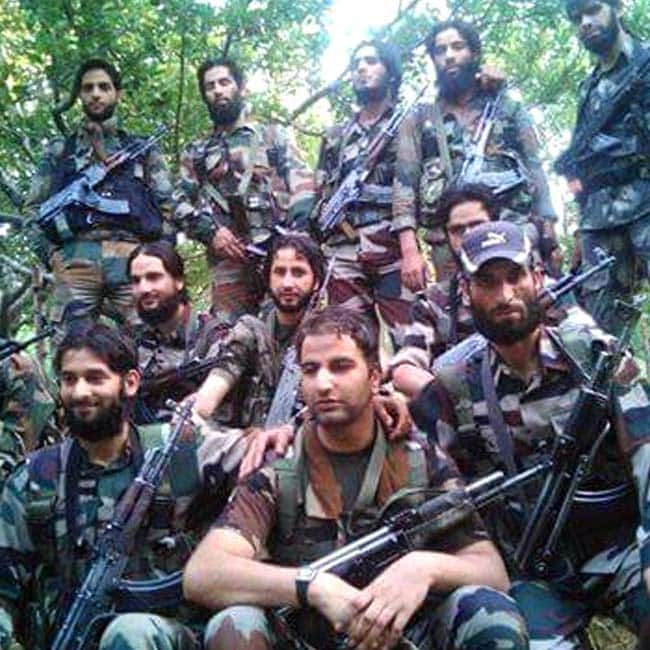 This Kashmiri Engineer Is Proud To Join The Indian Army As