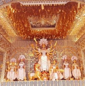 Durga Puja 2019: Famous Kolkata Pandals You Should Not Miss to Visit