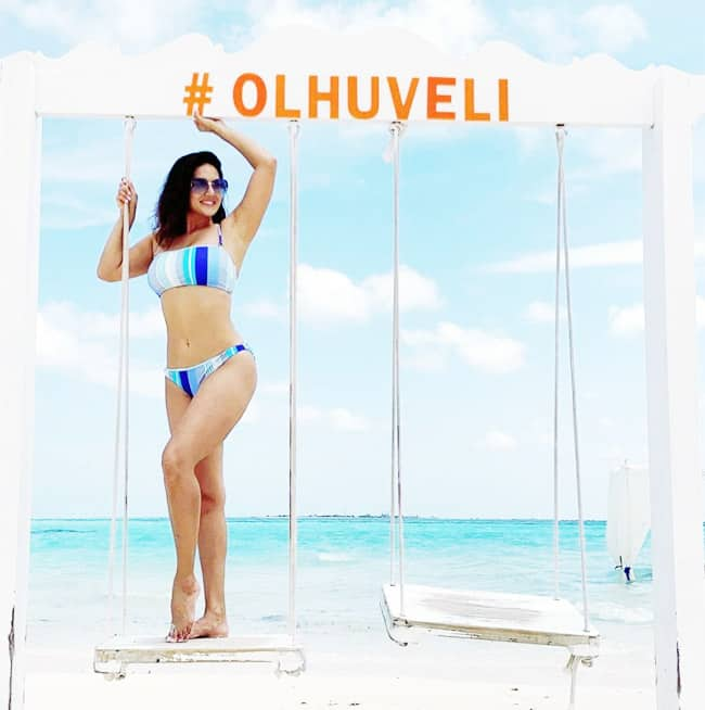 Check out Sunny Leone   s hot and sexy Bikini pictures of Maldives vacation