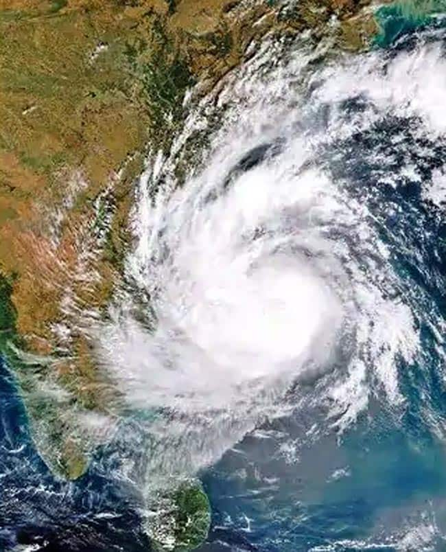 Cyclone Fani Currently 870 Km South east of Chennai  May Intensify