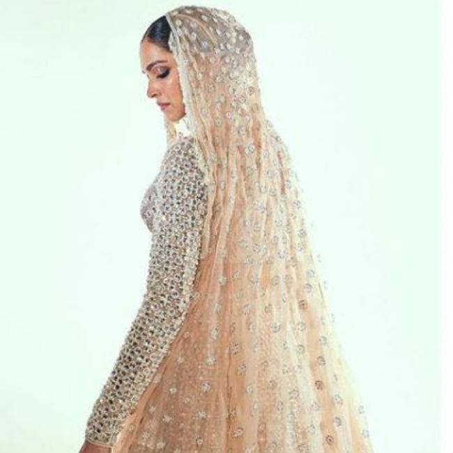 Deepika Padukone Looks Ethereal in Golden Lehenga