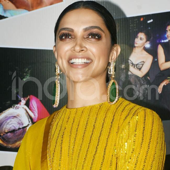 Deepika Padukone looks graceful