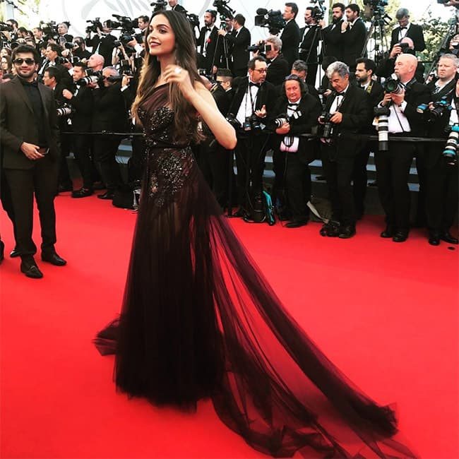 Deepika Padukone makes a jaw dropping appearance at the Cannes red carpet