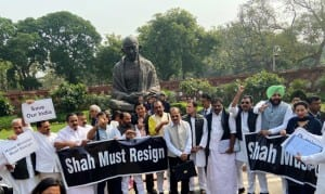 Budget Session of Parliament: Opposition Stages Protest, Demands HM Amit Shah's Resignation Over Delhi Violence