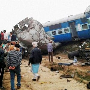 Kanpur train derailment: 9 heart-wrenching pictures summarizing the fateful Indore-Patna Express accident