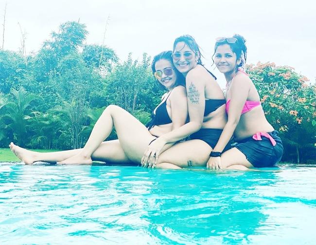 Devoleena Bhattacharjee Beats Summer With Pool Party