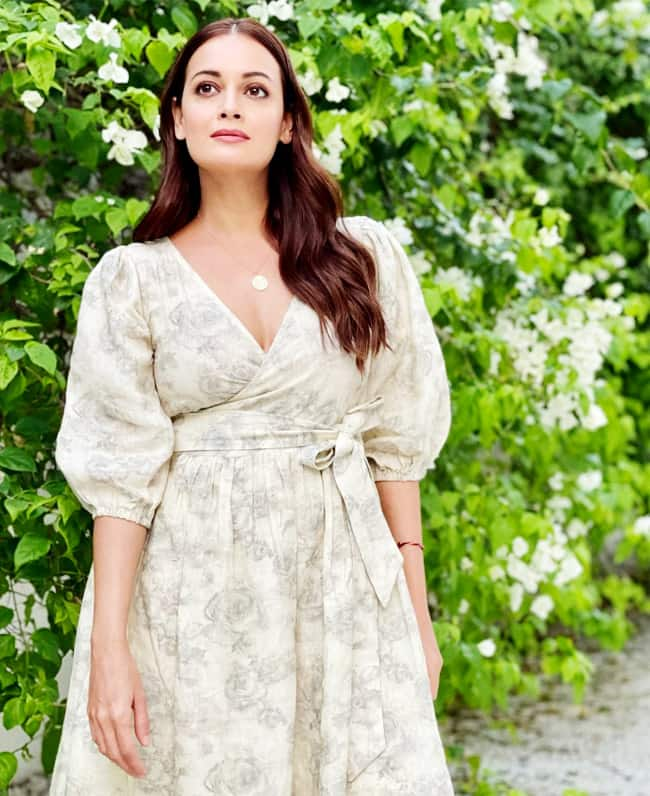 Dia Mirza makes fashion game strong with comfortable linen dress