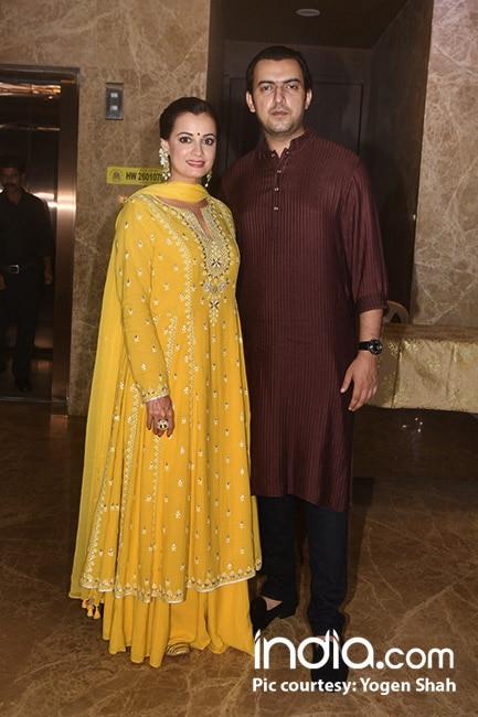 Dia Mirza with husband Sahil Sangha at Ramesh Taurani   s Diwali bash