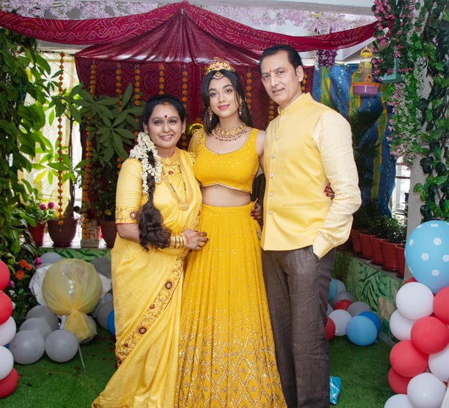digangana suryavanshi celebrates her birthday with family 202010 1602945717