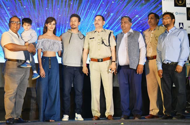 Disha Patani and Tiger Shroff promoting Baaghi 2 in Delhi
