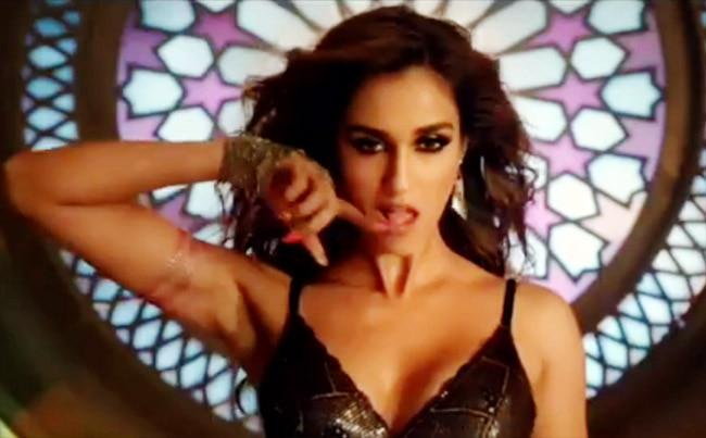 Disha Patani channelled her glamorous avatar