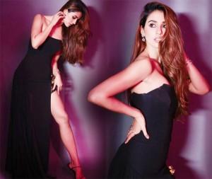 Disha Patani Looks Sizzling Hot in Sexy Thigh-high Slit Dress
