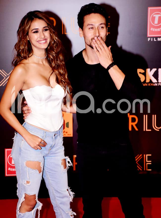 Disha Patani spotted with Tiger Shroff