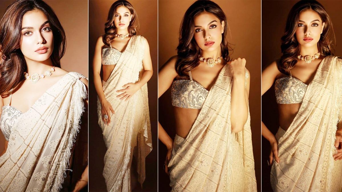 Divya Agarwal Aces Navratri Look With Her Beautiful Saree