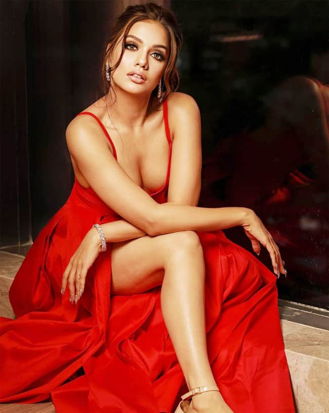 Divya Agarwal is setting Instagram on fire with her hot picture in a red dress