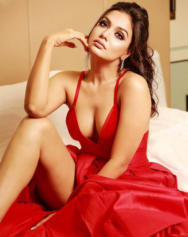 Divya Agarwal Sensuous Pictures in Red Dress is Too Hot to Handles