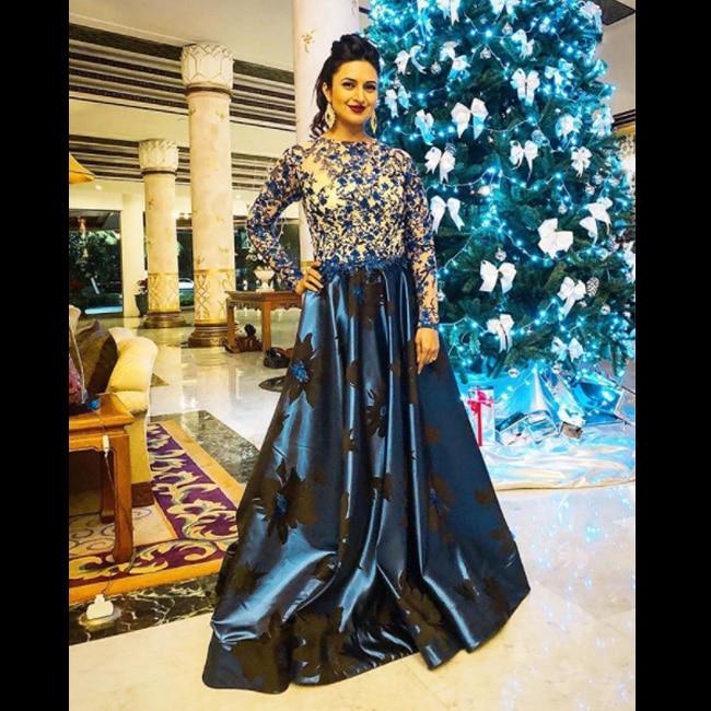 Divyanka Tripathi in Sharad Yadav outfit