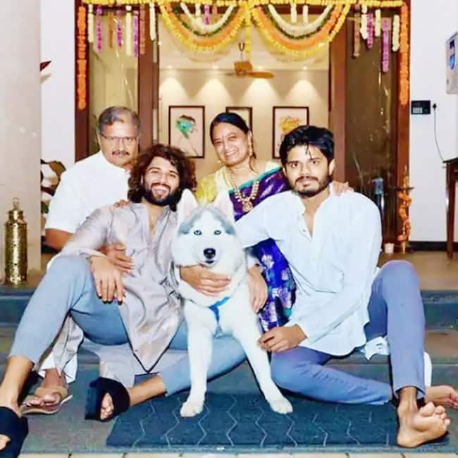 Diwali Picture of the actor with his family